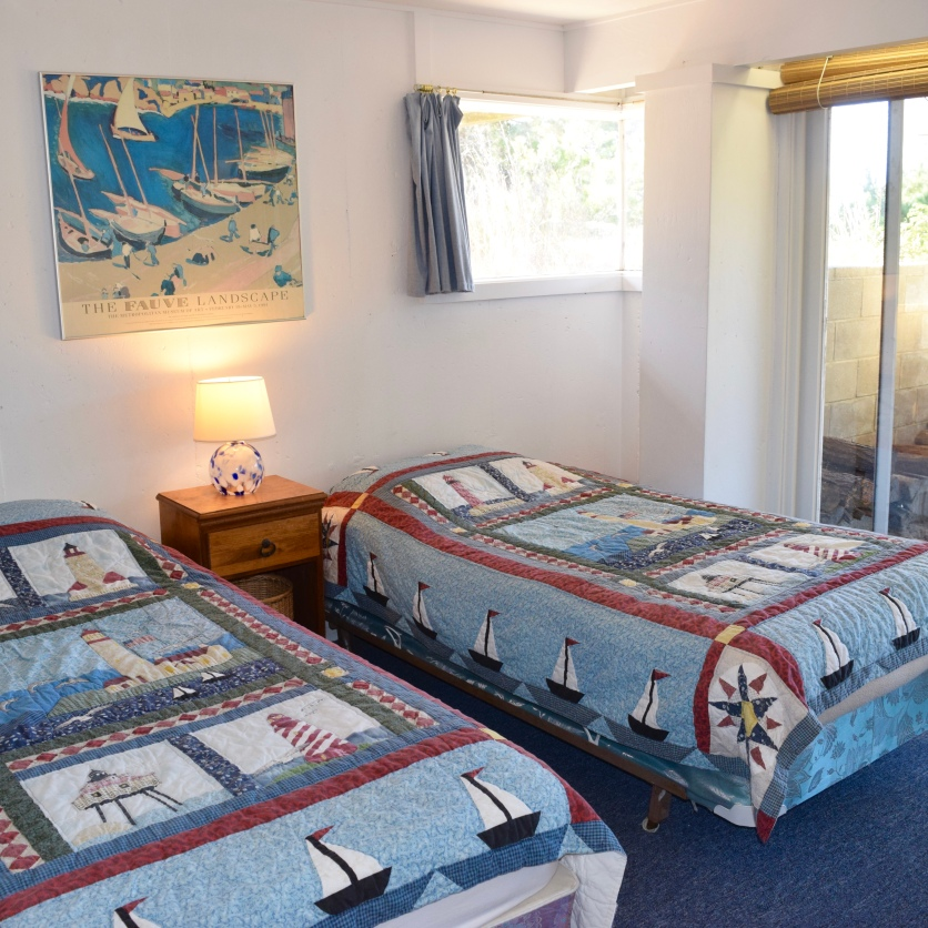 Cape Cod Vacation House Guest Bedroom